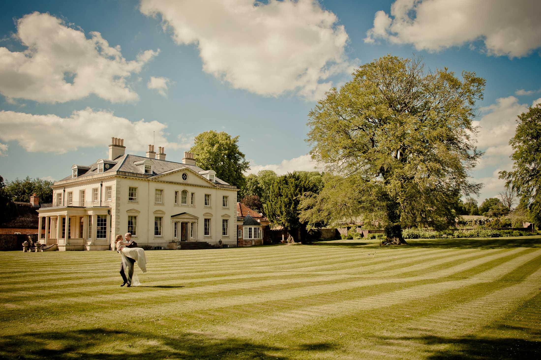 Rockley Manor Wedding Photography - Lisa and Conor