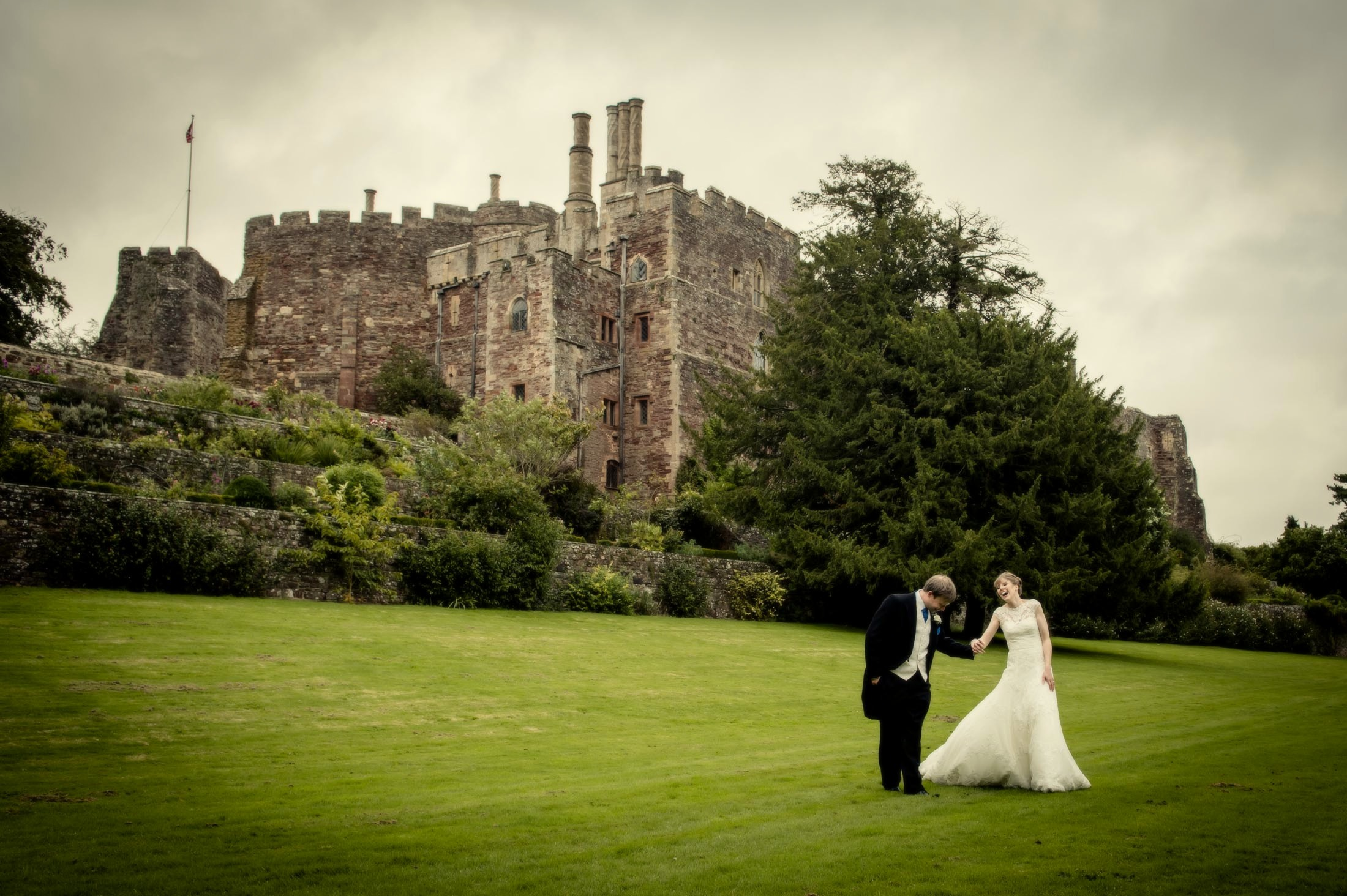 Berkeley Castle Wedding Photography – Gloucestershire Wedding