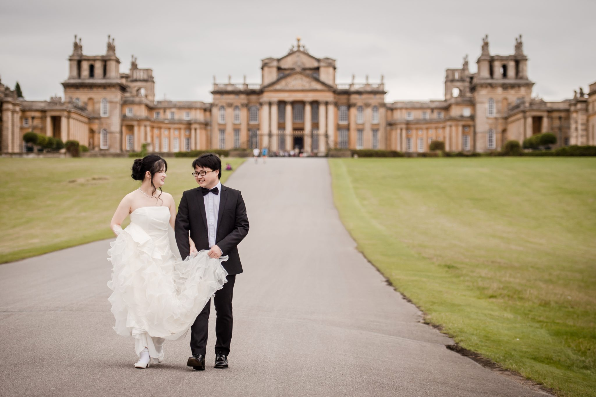 Aristocrats get ready for wedding at Blenheim Palace ...